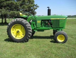 traktor besar