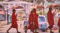 bukti pengaruh hindu buddha di Indonesia