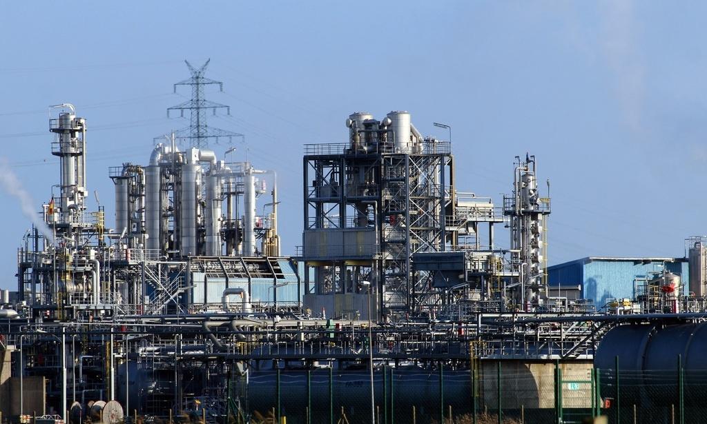Petugas minyak