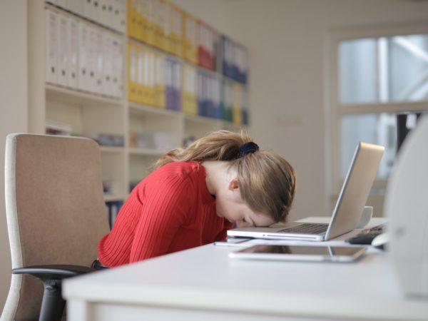 Tips agar tidak mengantuk saat bekerja