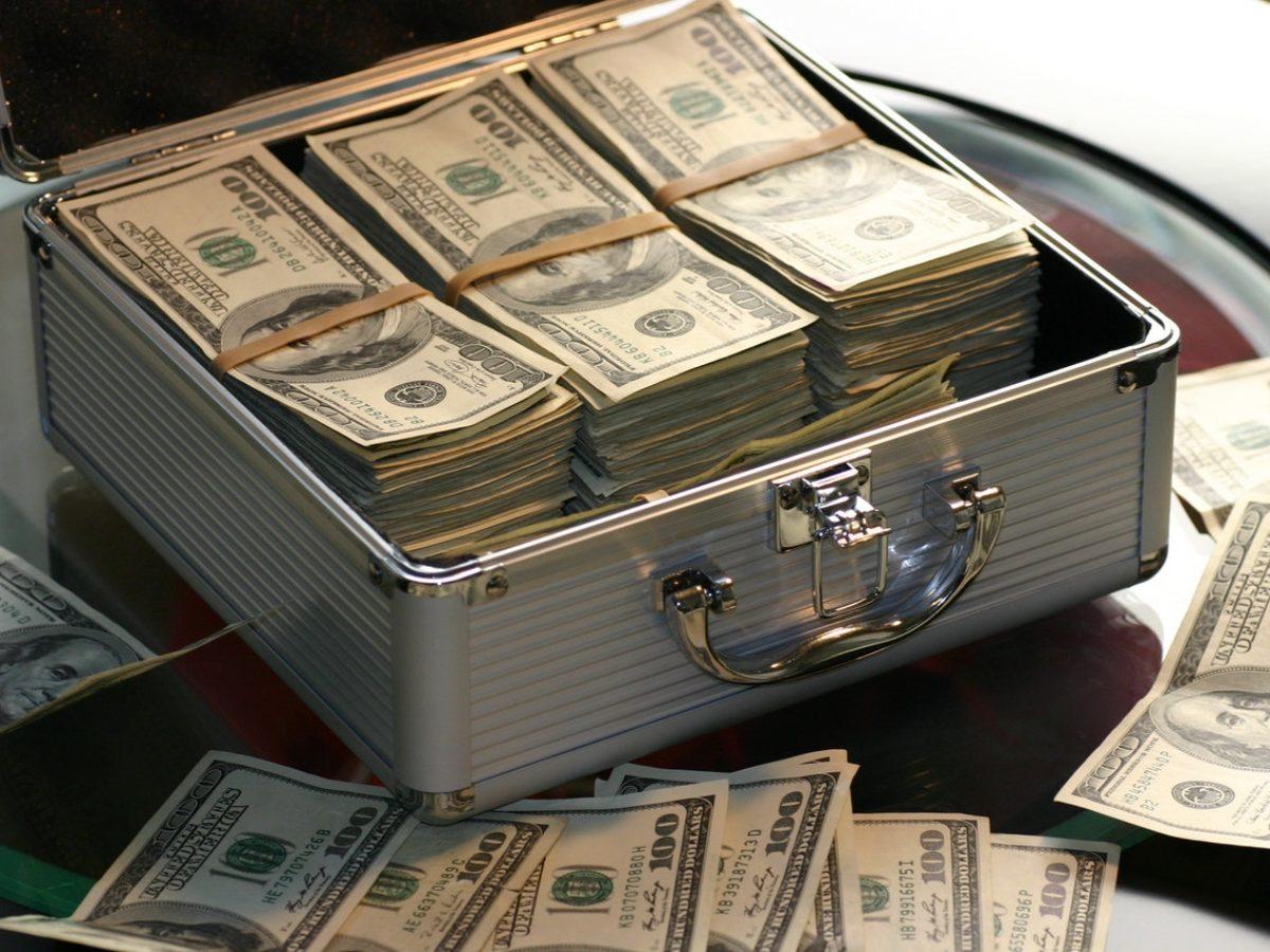 tanggung jawab teller bank